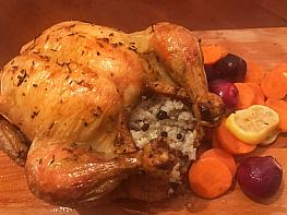 İç Pilavlı ve Havuçlu Fırın Tavuk