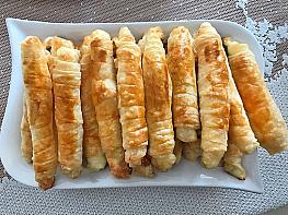 Lor Peynirli & Dereotlu Çıtır Börek