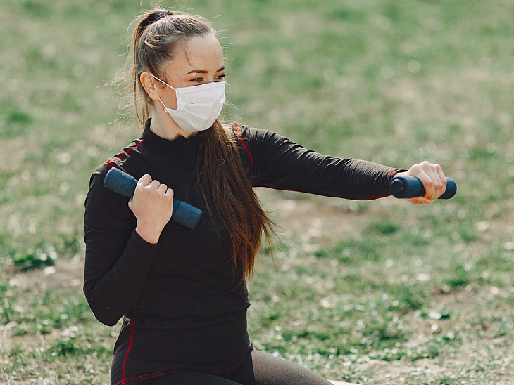 Maske ile Spor Yaparak Hayatınızı Riske Atmayın!