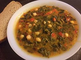 Nohutlu Kara Lahana Çorbası