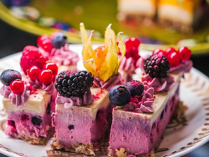 Pastane Vitrinlerini Kıskandıracak 11 Nefis Tatlı Tarifi