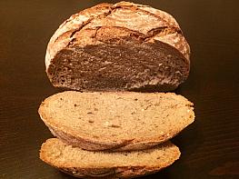 Tereyağlı Çavdar Ekmeği