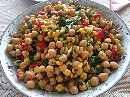 Turşulu Nohut Salatası